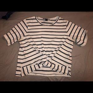 Forever 21 short sleeve top
